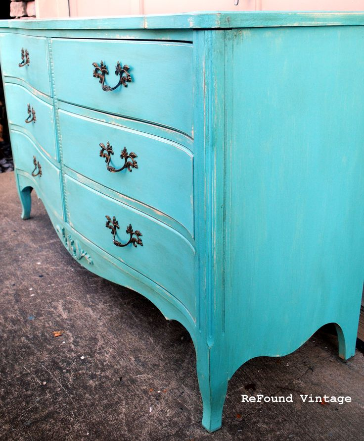 Farmhouse Pigeon Blue Chalk Paint