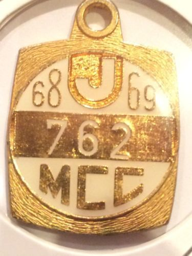 1968-69-Melbourne-Cricket-Club-MCC-members-badge-medallion-Junior-No-762