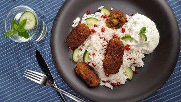 Veganska järpar med olivgömma, plus ris och tzatziki med mynta