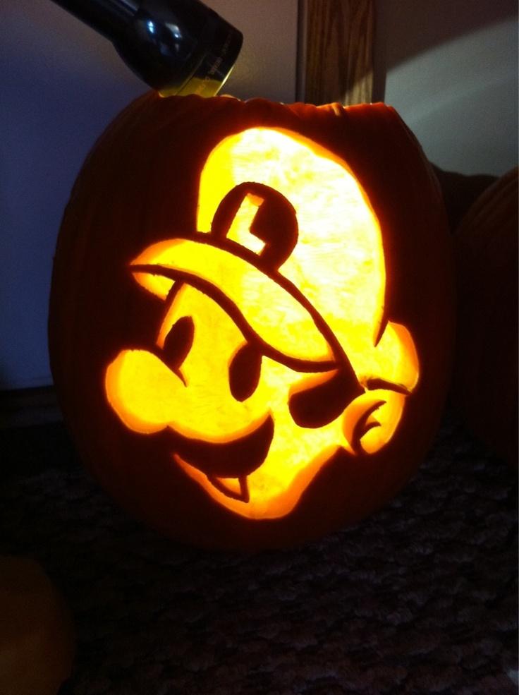 pumpkin template luigi  Luigi pumpkin--idea, no pattern in 6 | Mario pumpkin ...