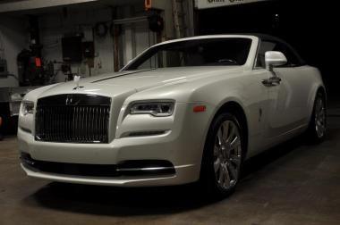 2016 Rolls-Royce Dawn https://www.auctionexport.com/en/Inventory/Info/2016-rolls-royce-dawn-__-107254439