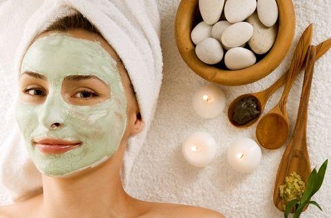10 Merk Masker Pemutih Wajah Alami Terbaik yang Recommended
