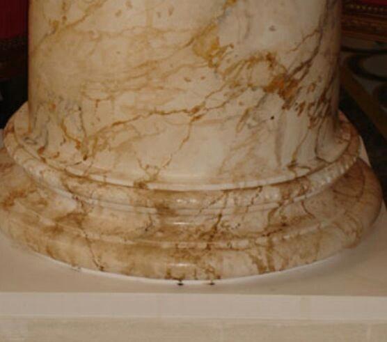 Imitaci n m rmol sobre columna hotel hilton de toledo for Pintura para marmol