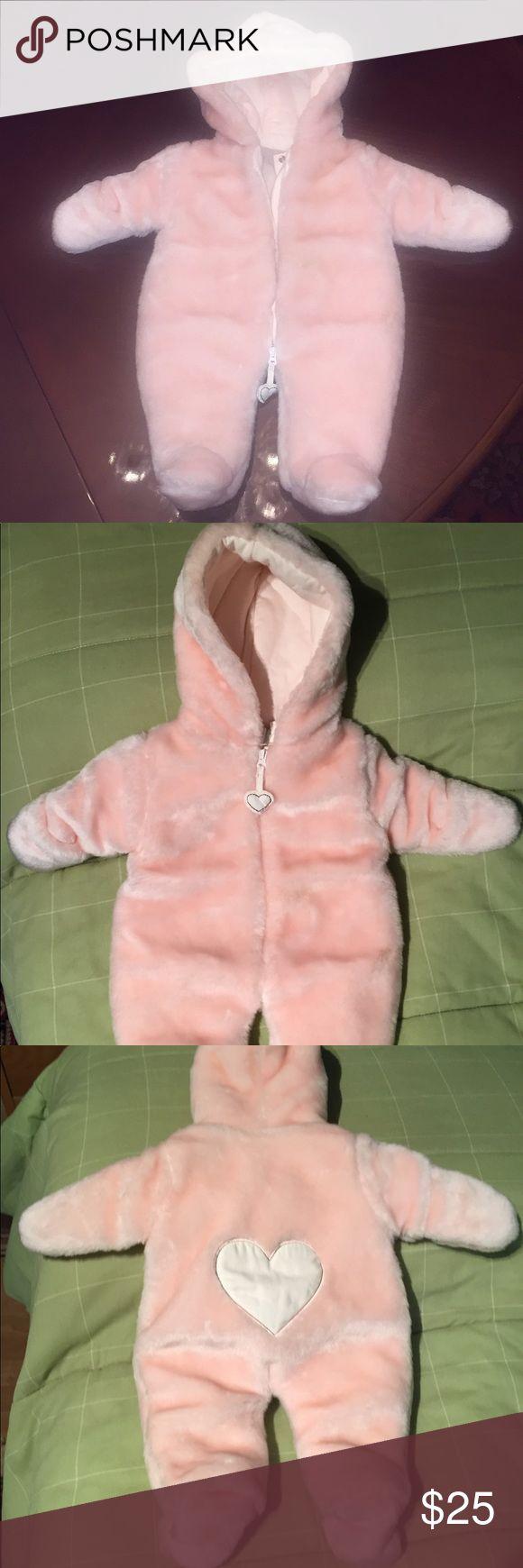 Koala Baby boutique newborn baby coat Gorgeous warm luxurious super cute and brand new newborn coat by koala baby boutique. Super soft inside and out. Retails $50! Koala Kids Jackets & Coats