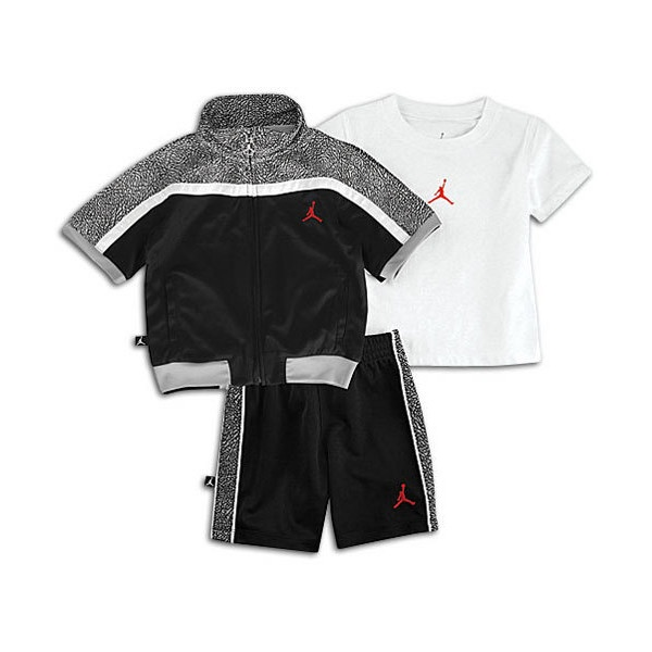 Jordan for Kids @ Foot Locker» Huge Selection for Women and Men Lot of exclusive Styles and Colors Free Shipping from 69 £ / 85 €.