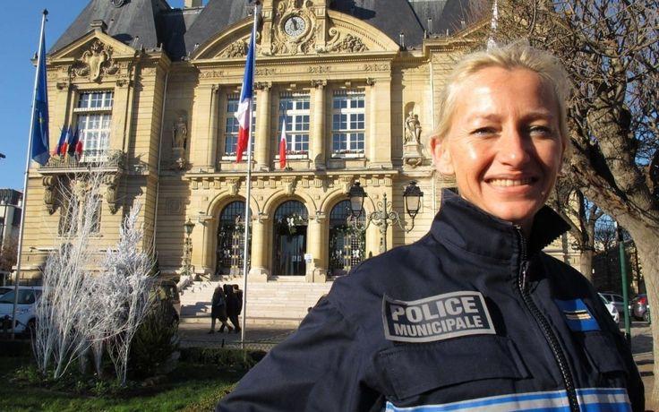 « Tout est possible ! », martèle Stéphanie Dumont. A 41 ans, cette chef de brigade de la police municipale de Suresnes et syndicaliste CGT en fait ...