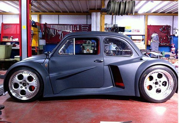 Fiat 500 v12