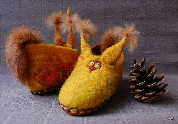 felted slippers for children squirrel  by AMdreAM on Etsy