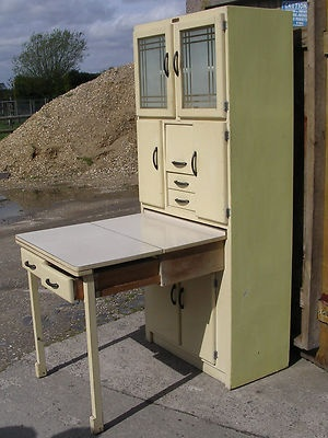 Pinner said: KITCHEN QUEEN TABLE UNIT RETRO VINTAGE 1950/60s ESSENTIAL CABINET   this is great for baking everything at hand instead of a center island