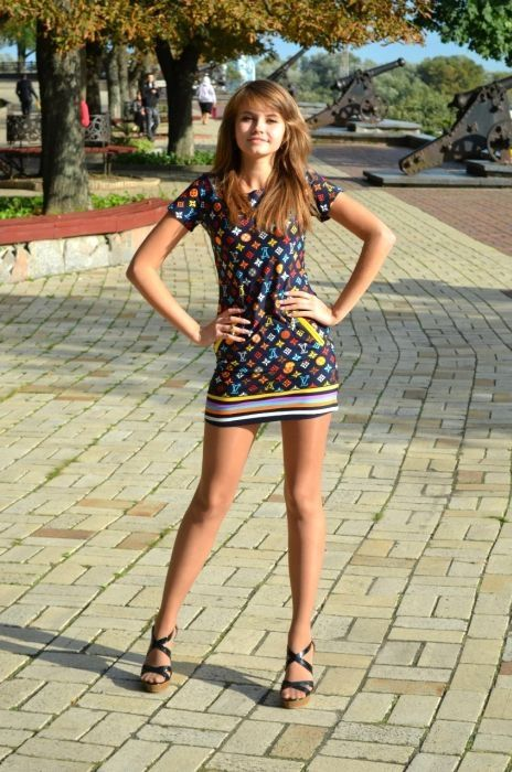 русские девушки в юбке фото