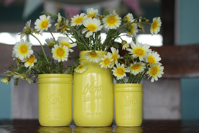 Mason Jars in sun yellow spray paint.: Ideas, Craft, Masons, Wedding, Painted Mason Jars, Diy, Flower