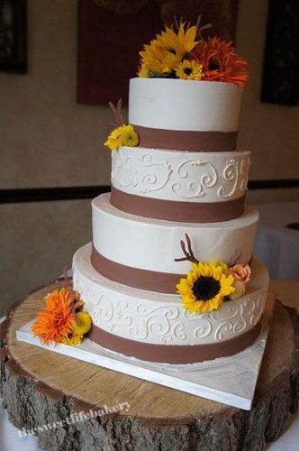 This Earthy Cake Is Perfect For Nature Lovers. #wedding #cake #gay #