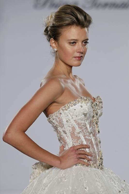 Pnina tornei wedding dress wedding board pinterest for Pnina tornai corset wedding dresses