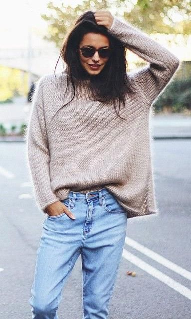 loose layers. oversized knit. boyfriend jeans.