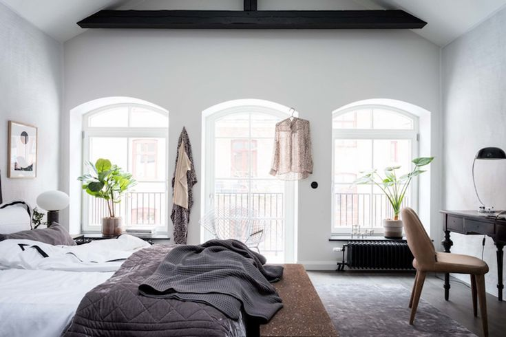 my scandinavian home: Get the look from an Elegant Swedish Farmhouse Conversion / photo - Alan Cordic.
