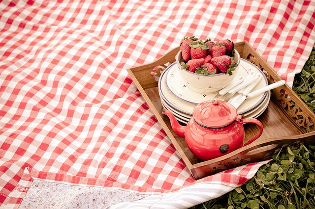 tea for you, strawberries for me by {Twiggs}, via Flickr