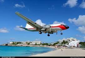 Saint Croix Saint Croix is het zuidelijkste en grootste eiland van de Amerikaanse Maagdeneilanden. De hoofdplaats van de Amerikaanse Maagdeneilanden bevindt zich echter op Saint Thomas. Op Saint Croix wonen ongeveer 54500 inwoners. Wikipedia Bevolking: 50.601 (2010) Grootste lengte: 45 km Eilandengroepen: United States Virgin Islands