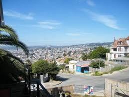 Vista al cartagena patrimonial desde habitación Ferreiro, en el segundo piso de Patio Ferreiro B&B Cartagena, Chile