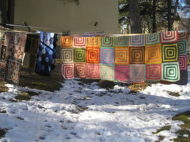 Geometric chic: Re Rag Rugs made from recycled textiles : TreeHugger