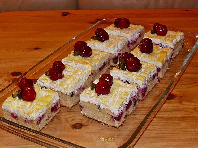Beste Kuchen: Kirsch - Eierlikör - Blechkuchen mit Schmand - Sah...