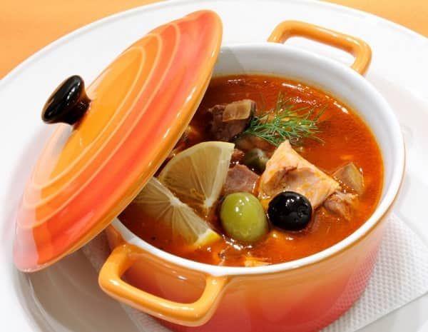 солянка с говядиной и копченой колбасой рецепт с фото пошагово