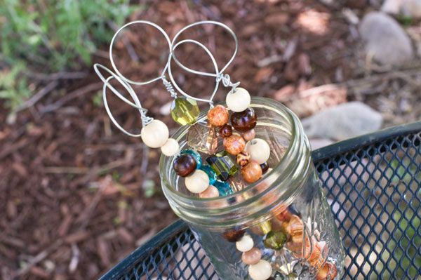home made bubble wands - what a GREAT idea - great toddler gift (3+)