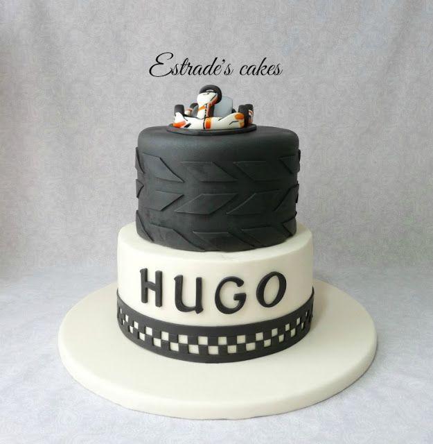 Estrade's cakes: tarta con coche de carreras para una Primera Comunión muy original.
