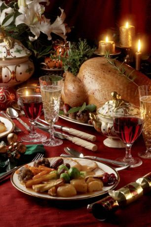 Cash-strapped families can have a Christmas turkey dinner for as little as £2.51 per person