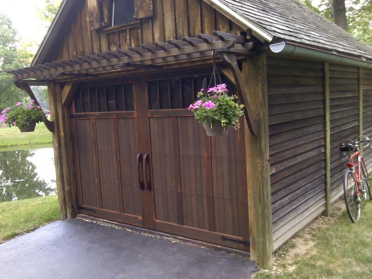 Best 25 garage trellis ideas on pinterest garage door for Wood veneer garage doors