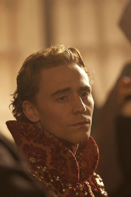 (6) tom hiddleston | Tumblr