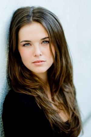 Zoey Deutch would be a good Ariadne (Starcrossed) or Kate (Die for Me)