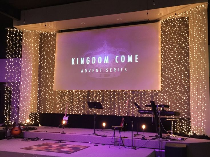 Church Stage Design, Service Ideas, Christian Church, Stage Set, Hanging  Lights, Christmas Lights, Christmas Stage, Church Ideas, Pretty Lights