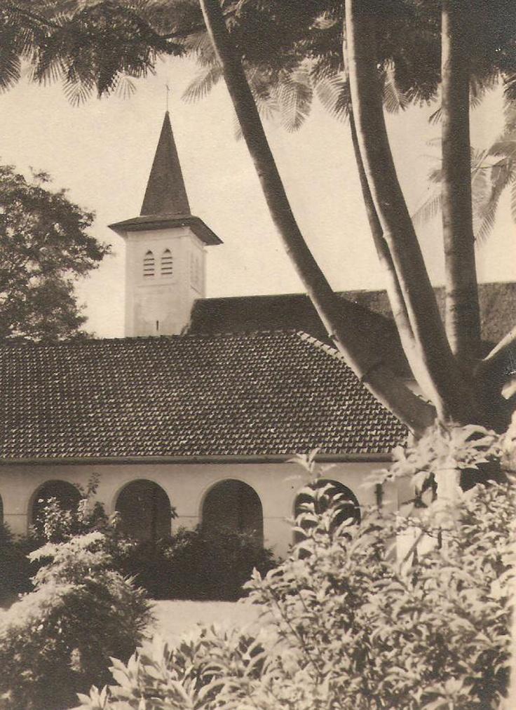 Gereja Katedral tampak dari Utara tahun 1949
