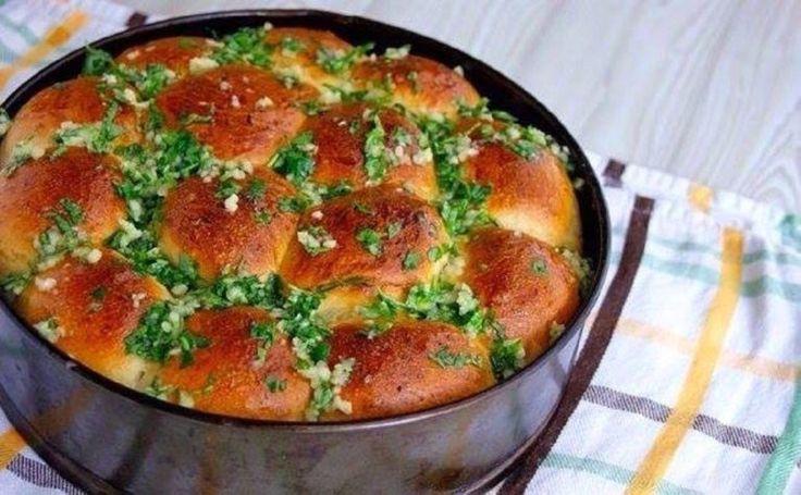 Fokhagymás zsemlék, ha a megszokott kenyér helyett valami másra vágysz! - Finom ételek, olcsó receptek
