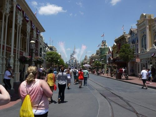 Disney World AM or PM Extra Magic Hours: Which Is Better?