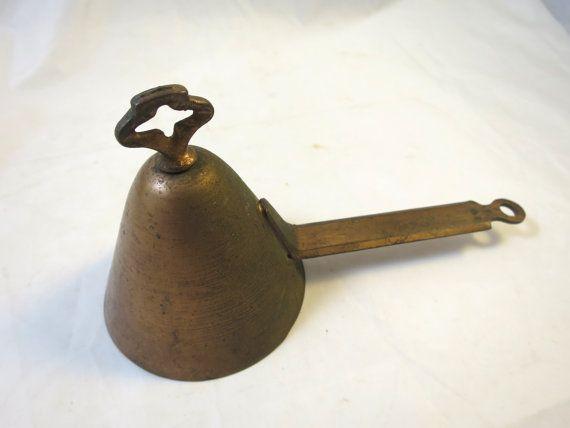 Turn Key Scoop Kitchen Utensil Victorian by BonniesVintageAttic