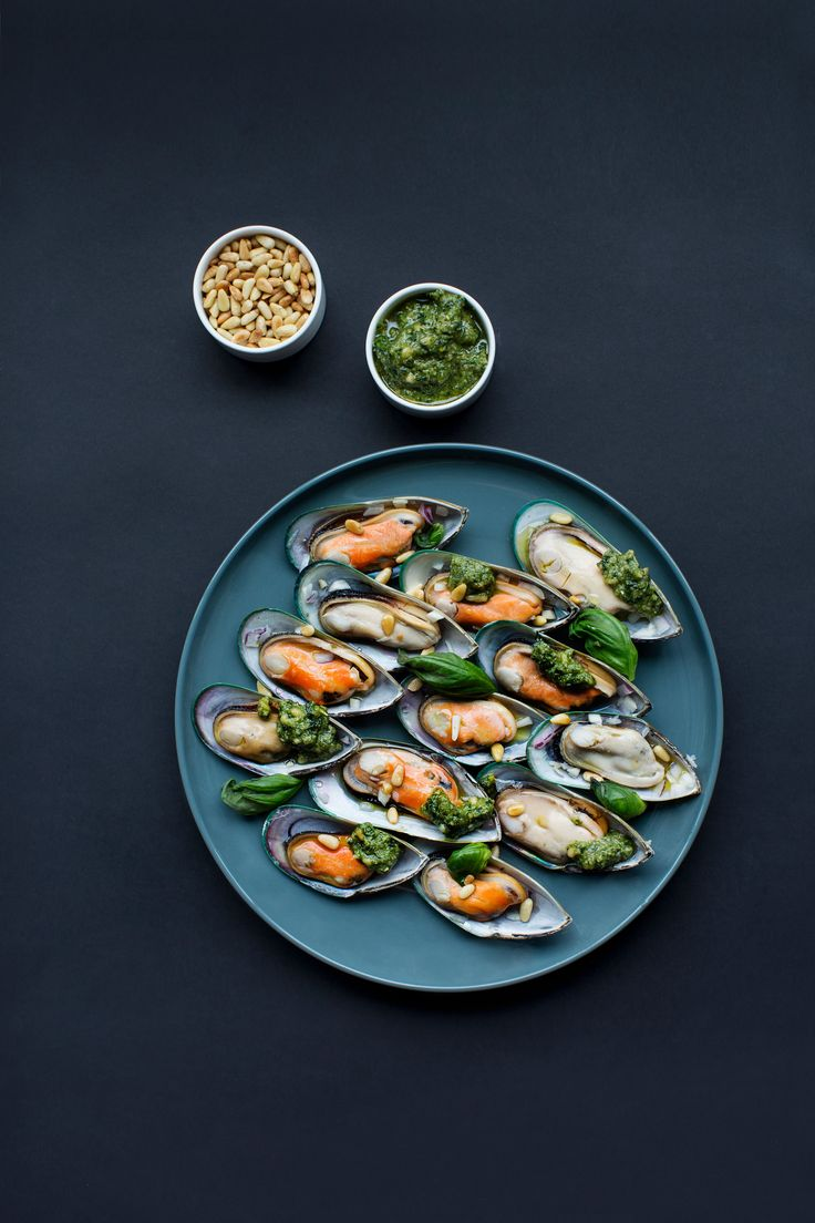 Pick herbs from your own garden to garnish the mussels. | Nordic Choice #localeataward