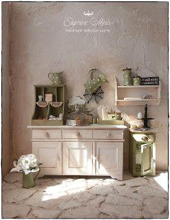 Shabby Dollhouse: Green kitchen.....