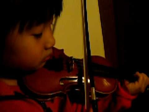 Toddler plays twinkle, twinkle little stars on the violin [Suzuki Violin School Volume 1]; 7 days after getting her first violin (size one-sixteenth)—See more of this young violinist #from_Hannah95066