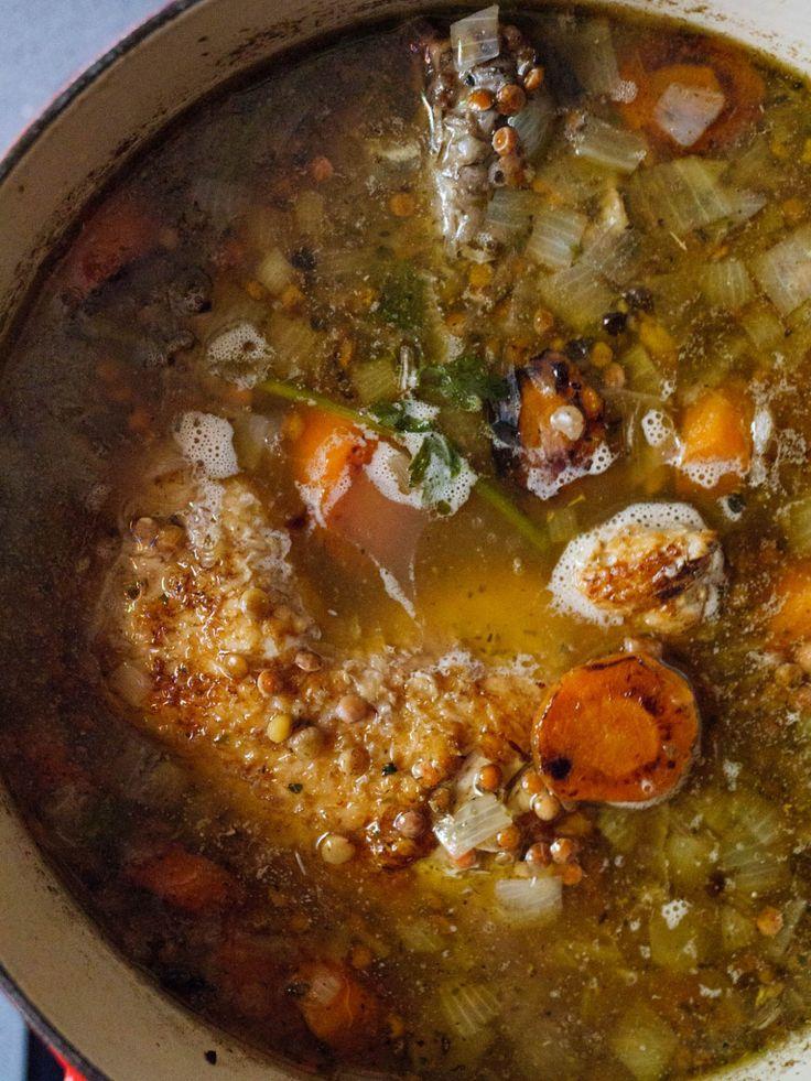 Kyllingsuppe med grønne linser - oppskrift / Et kjøkken i Istanbul