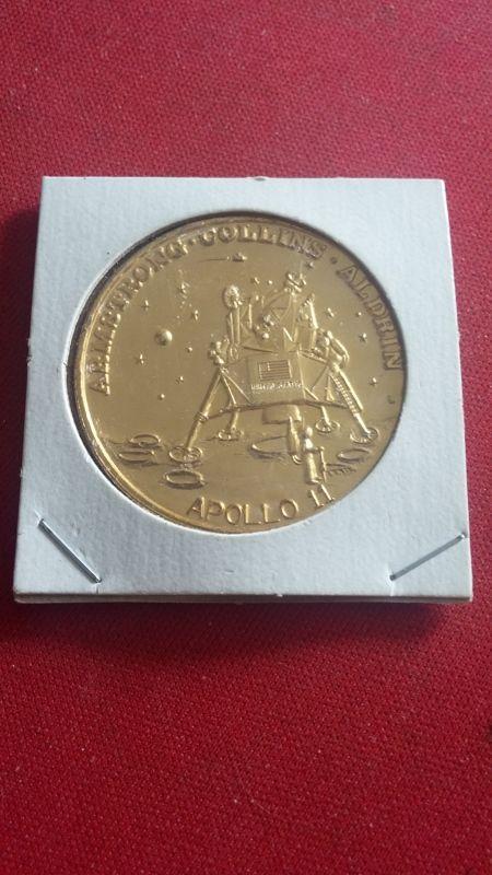 apollo 11 moon landing commemorative coin - photo #17