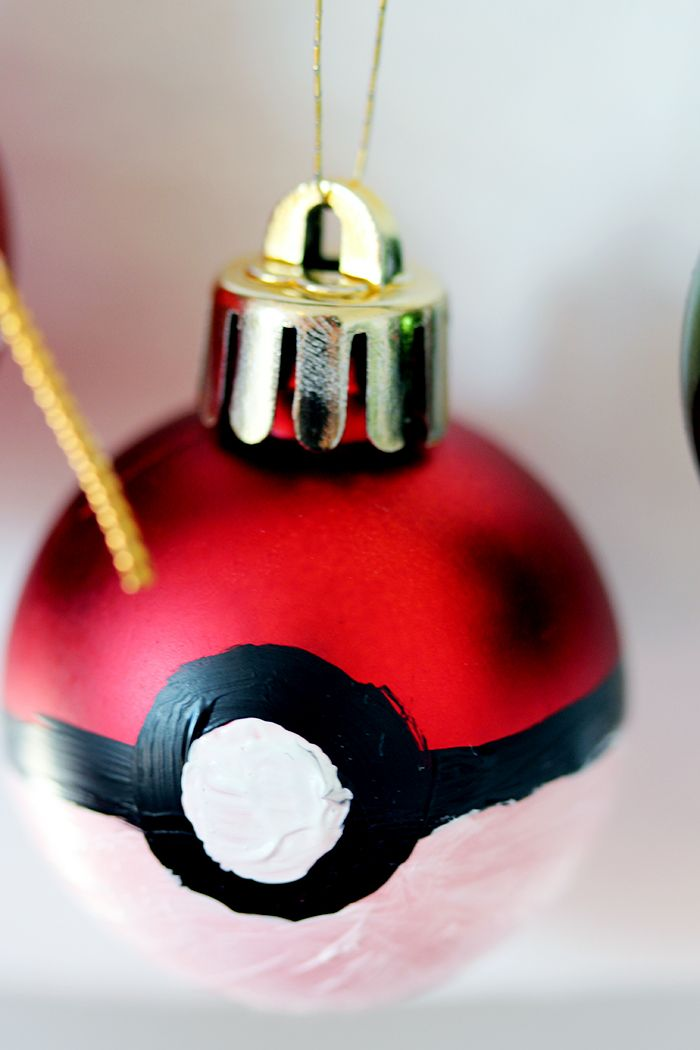 Painted Pokemon Christmas ornament! Check out the making of video: http://www.youtube.com/watch?v=-L67BpSaJxc