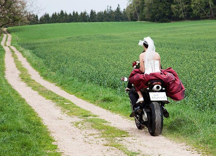 Mottohochzeit Bikerhochzeit