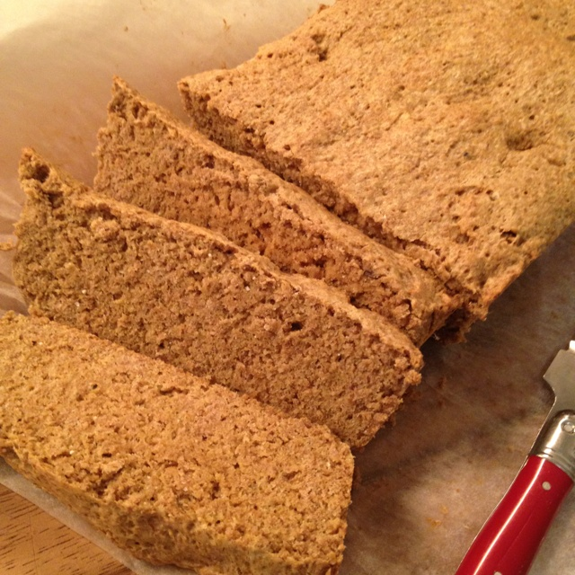 Home made flax meal bread. So amazingly easy. /NM