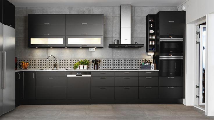 Drömmer du om att byta kök? Här kan du designa och bygga ditt egna kök direkt på vår hemsida. Inspireras och prova dig fram i Ballingslövs…
