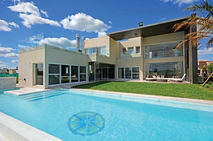 Arquitecto Daniel Tarrio y Asociados. Más info y fotos en www.PortaldeArquitectos.com