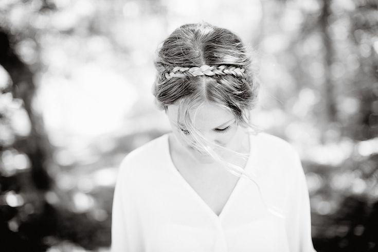 Dayfotografi fläta bröllopsfrisyr weddinghair