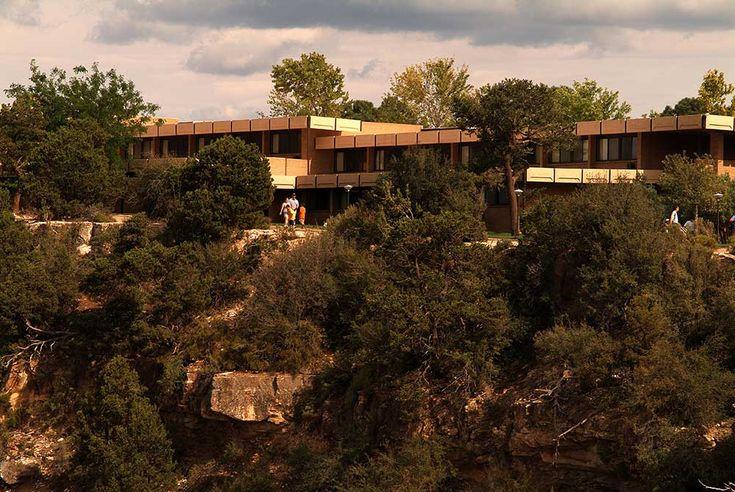 Thunderbird Lodge On The Rim