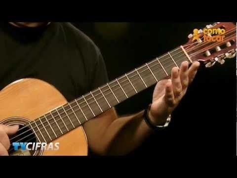 """Aprenda tocar no violão, com Rafael Bazano (Farofa) """"Romance de Amor"""", no TVCifras. Áudio: Marcelo Brasão Acesse: http://www.cifras.com.br/cifra Inscreva-se ..."""