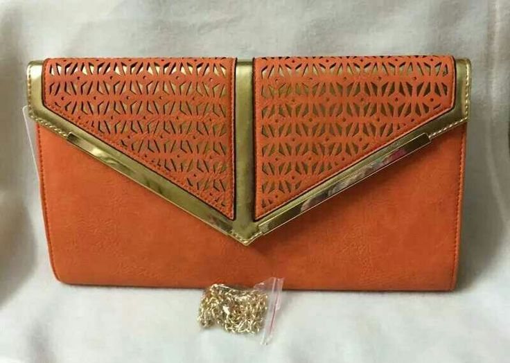 Beautiful clutch that suits your style